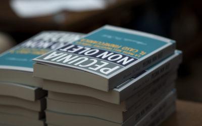 """Presentazione del libro """"Pecunia non Olet"""" di A. Da Rold"""