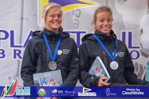 Premiazione Campionato Mondiale di Vela Classe 470 14